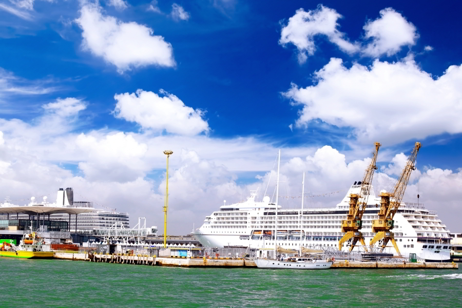 Traslado del Puerto al hotel en Venecia
